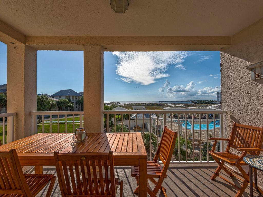 Magnolia House @ Destin Pointe 204 Condo rental in Magnolia House Condos in Destin Florida - #2