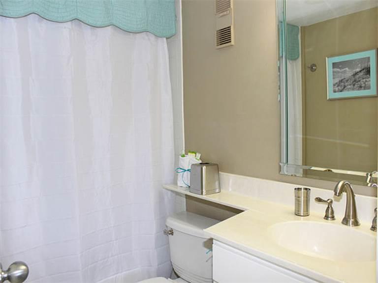 Magnolia House @ Destin Pointe 304 Condo rental in Magnolia House Condos in Destin Florida - #10