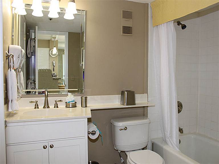 Magnolia House @ Destin Pointe 304 Condo rental in Magnolia House Condos in Destin Florida - #15