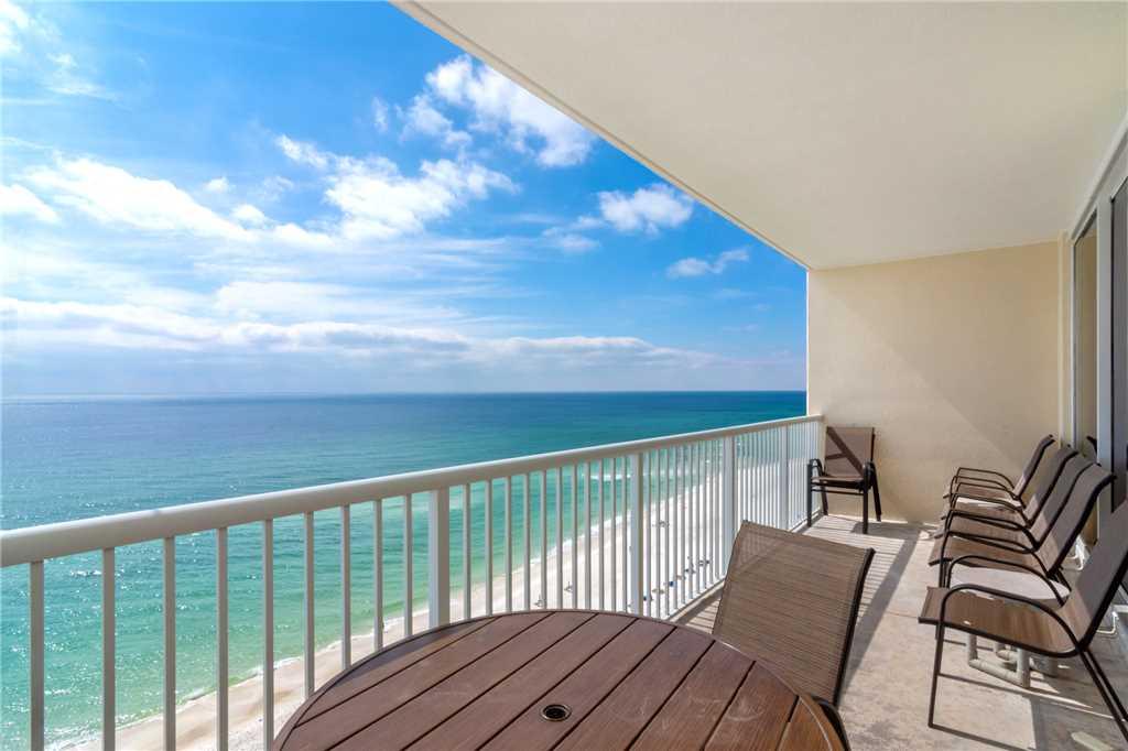Majestic 1206 East - Tower II 3 Bedroom Beachfront Wi-Fi Pool Sleeps 8