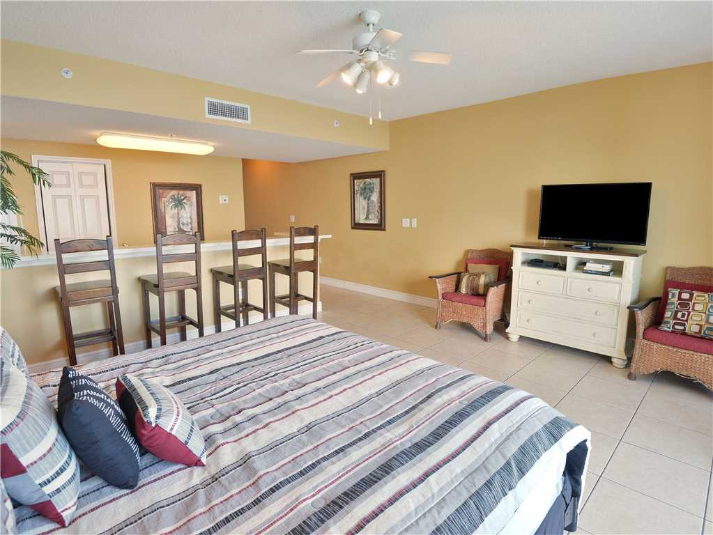 Majestic 1708 West - Tower I Studio Beachfront Sleeps 4 Condo rental in Majestic Beach Resort in Panama City Beach Florida - #9
