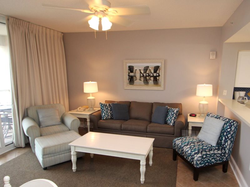 Majestic 207 west tower i 2 bedrooms beachfront pool sleeps 6 condo rental in majestic