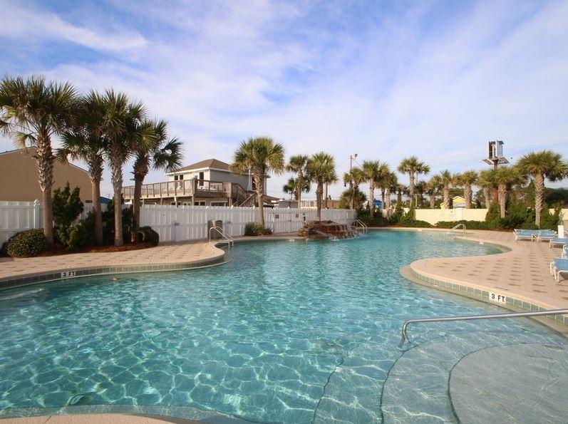 Majestic 207 West - Tower I 2 Bedrooms Beachfront Pool Sleeps 6 Condo rental in Majestic Beach Resort in Panama City Beach Florida - #2
