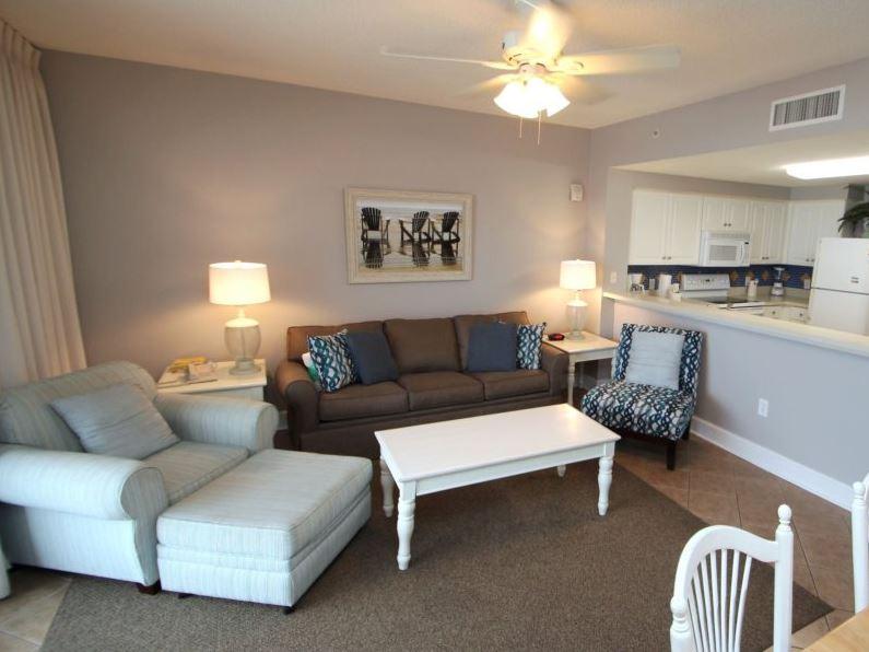 Majestic 207 West - Tower I 2 Bedrooms Beachfront Pool Sleeps 6 Condo rental in Majestic Beach Resort in Panama City Beach Florida - #5