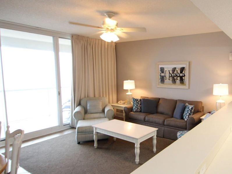Majestic 207 West - Tower I 2 Bedrooms Beachfront Pool Sleeps 6 Condo rental in Majestic Beach Resort in Panama City Beach Florida - #6