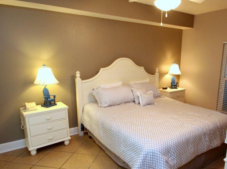 Majestic 207 West - Tower I 2 Bedrooms Beachfront Pool Sleeps 6 Condo rental in Majestic Beach Resort in Panama City Beach Florida - #9