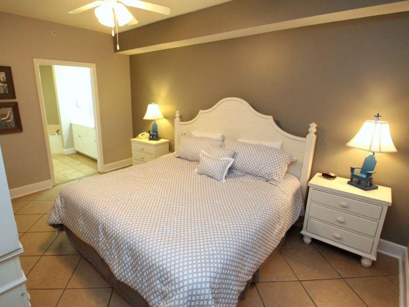 Majestic 207 West - Tower I 2 Bedrooms Beachfront Pool Sleeps 6 Condo rental in Majestic Beach Resort in Panama City Beach Florida - #11