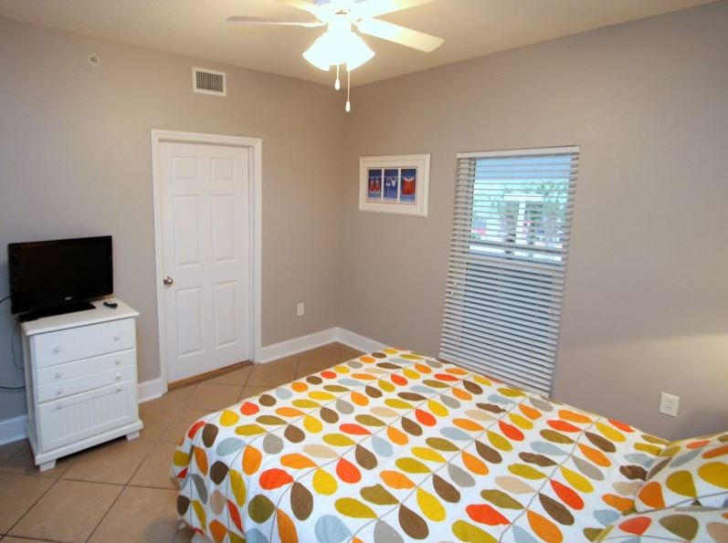 Majestic 207 West - Tower I 2 Bedrooms Beachfront Pool Sleeps 6 Condo rental in Majestic Beach Resort in Panama City Beach Florida - #15