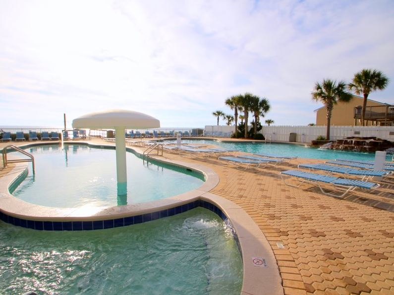 Majestic 207 West - Tower I 2 Bedrooms Beachfront Pool Sleeps 6 Condo rental in Majestic Beach Resort in Panama City Beach Florida - #20