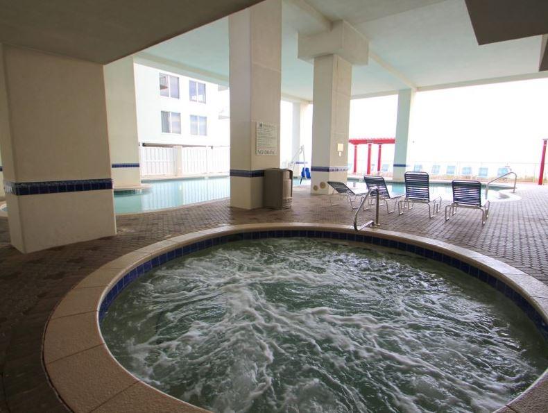 Majestic 207 West - Tower I 2 Bedrooms Beachfront Pool Sleeps 6 Condo rental in Majestic Beach Resort in Panama City Beach Florida - #25
