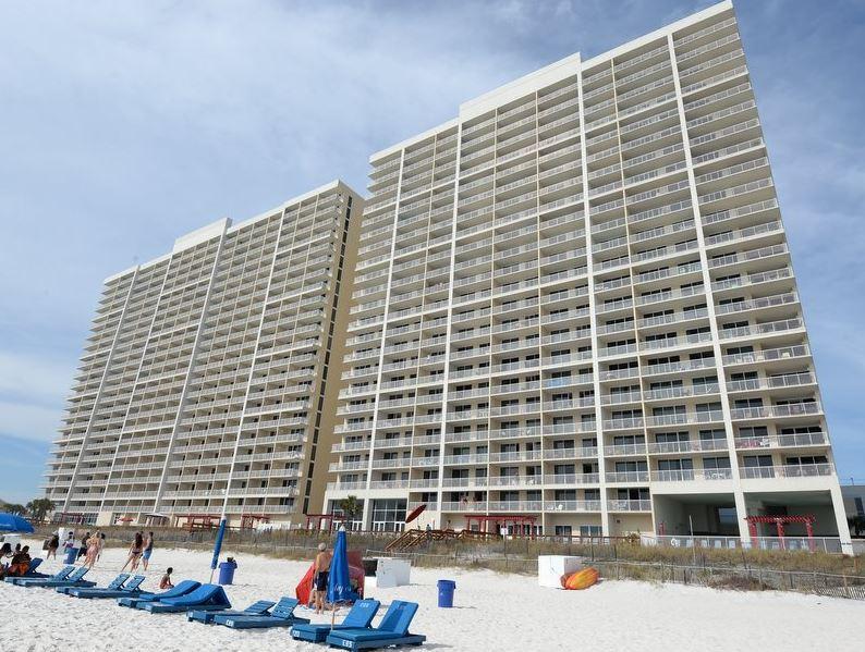 Majestic 207 West - Tower I 2 Bedrooms Beachfront Pool Sleeps 6 Condo rental in Majestic Beach Resort in Panama City Beach Florida - #32