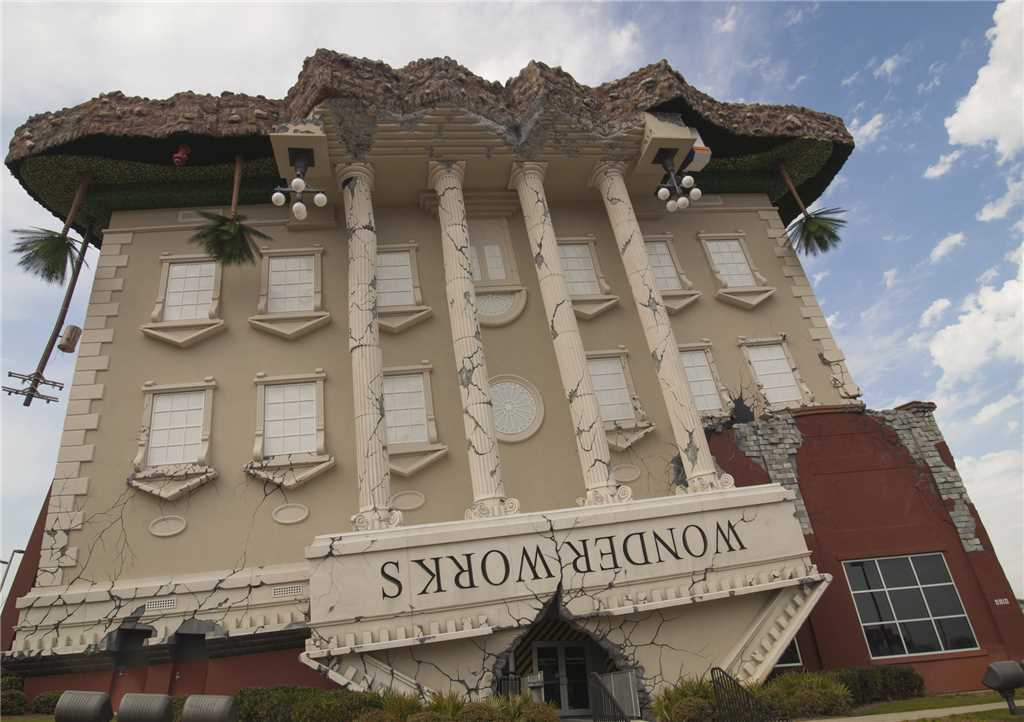 Majestic 207 West - Tower I 2 Bedrooms Beachfront Pool Sleeps 6 Condo rental in Majestic Beach Resort in Panama City Beach Florida - #35