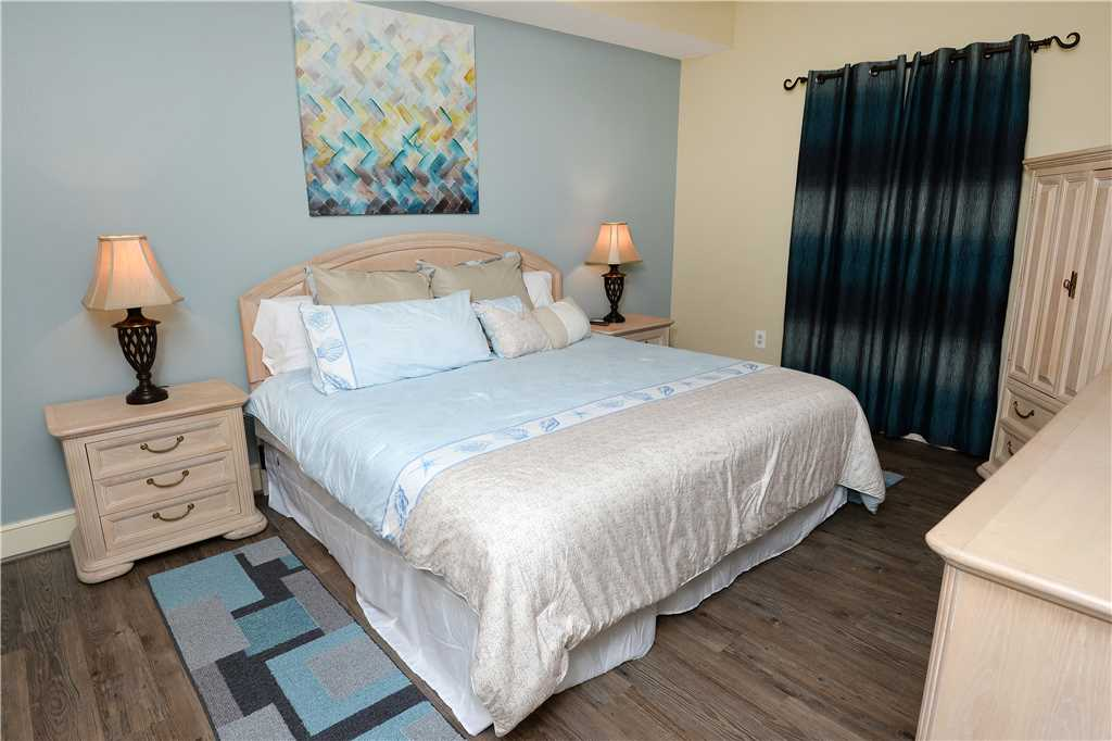 Majestic 2307 West - Tower I 2 Bedroom Beach Front Pool Access Sleeps 6 Condo rental in Majestic Beach Resort in Panama City Beach Florida - #10