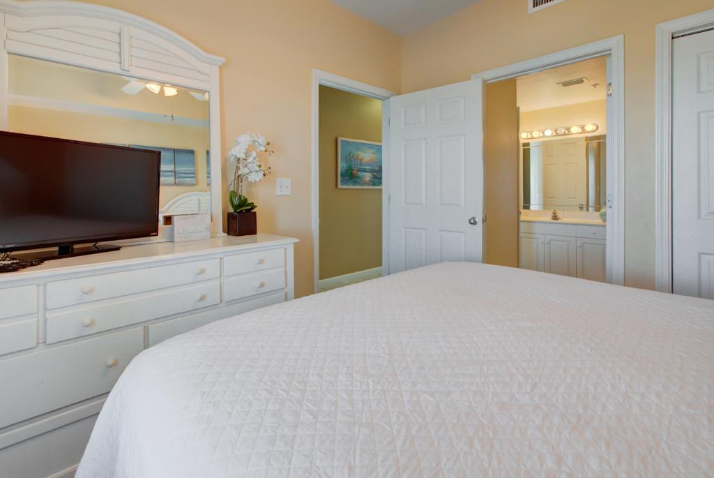 Majestic Sun B1011 Condo rental in Majestic Sun Condos in Destin Florida - #18