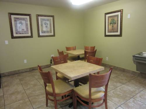 Microtel Inn & Suites By Wyndham Gulf Shores in Gulf Shores AL 33
