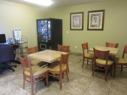 Microtel Inn & Suites By Wyndham Gulf Shores in Gulf Shores AL 78