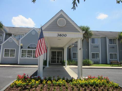Microtel Inn & Suites By Wyndham Gulf Shores in Gulf Shores AL 79