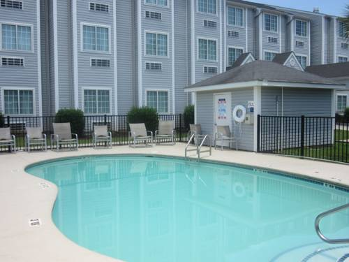 Microtel Inn & Suites By Wyndham Gulf Shores in Gulf Shores AL 85