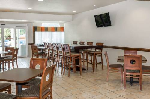 Microtel Inn & Suites By Wyndham Gulf Shores in Gulf Shores AL 26