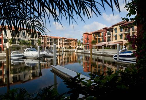 Naples Bay Resort And Marina - https://www.beachguide.com/naples-vacation-rentals-naples-bay-resort-and-marina--1744-0-20168-5121.jpg?width=185&height=185