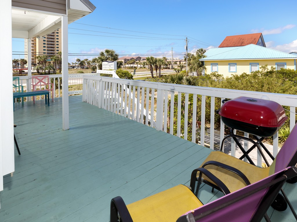 Blue's Beach Bungalow House / Cottage rental in Navarre Beach House Rentals in Navarre Florida - #19