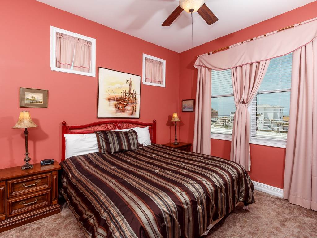 Creative Spirit House / Cottage rental in Navarre Beach House Rentals in Navarre Florida - #10