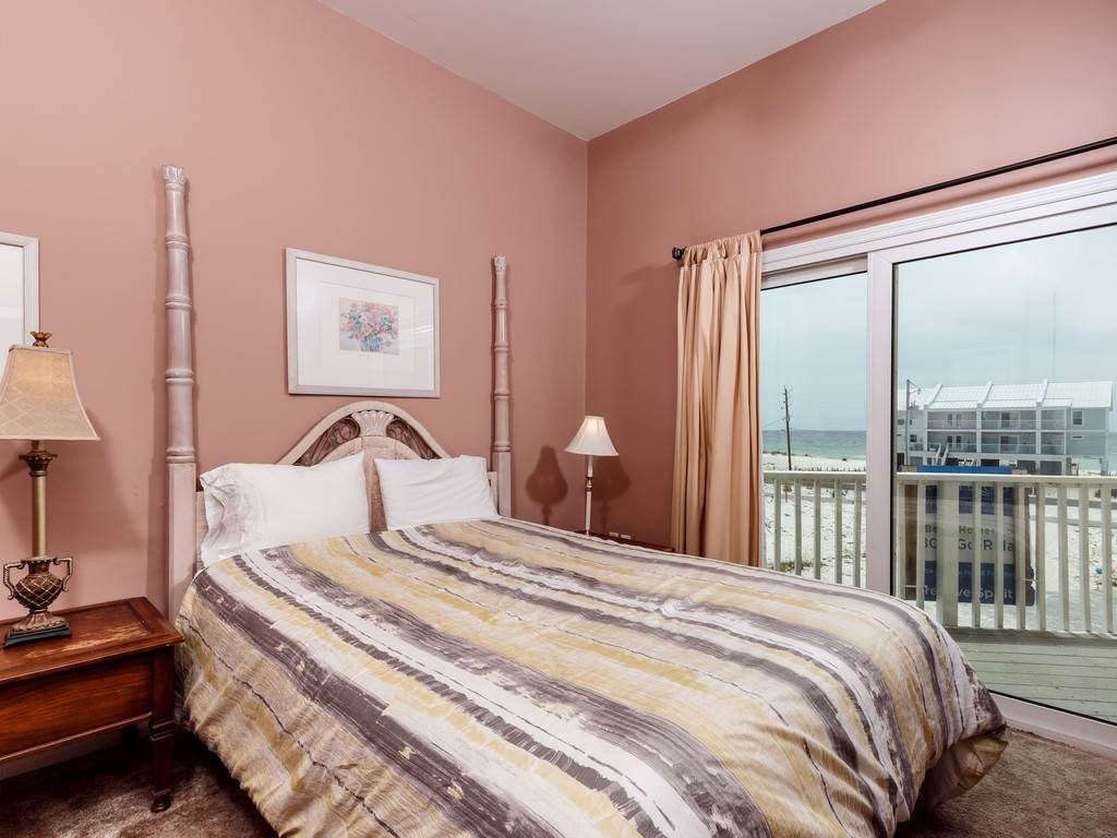 Creative Spirit House / Cottage rental in Navarre Beach House Rentals in Navarre Florida - #14