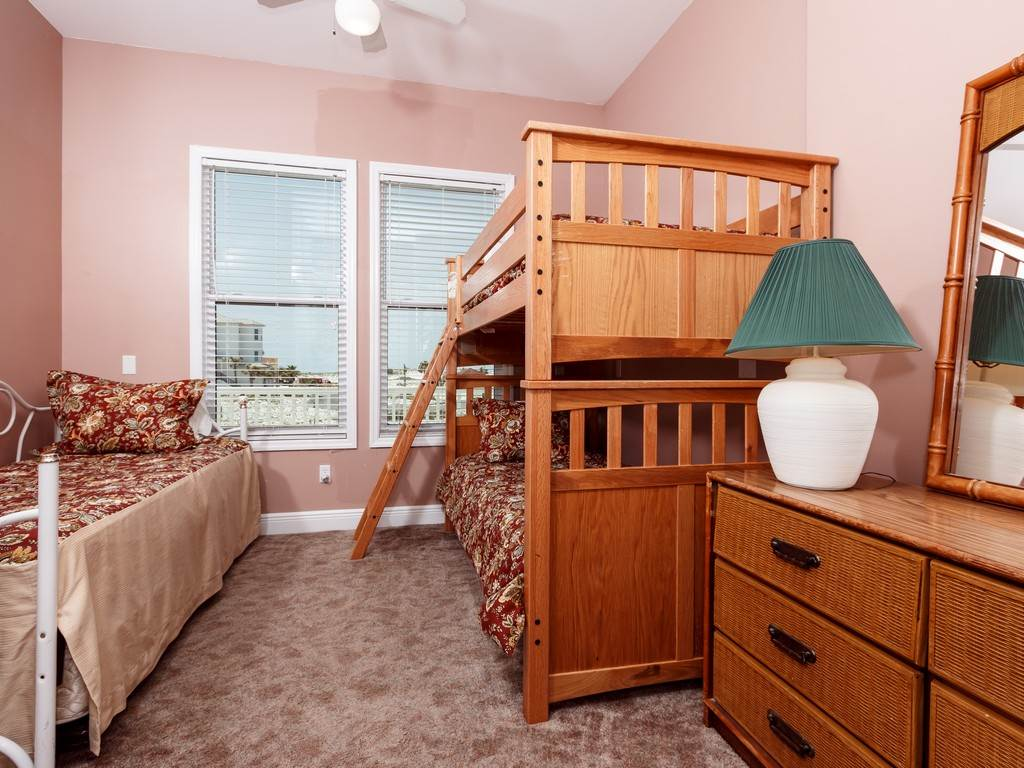 Creative Spirit House / Cottage rental in Navarre Beach House Rentals in Navarre Florida - #25