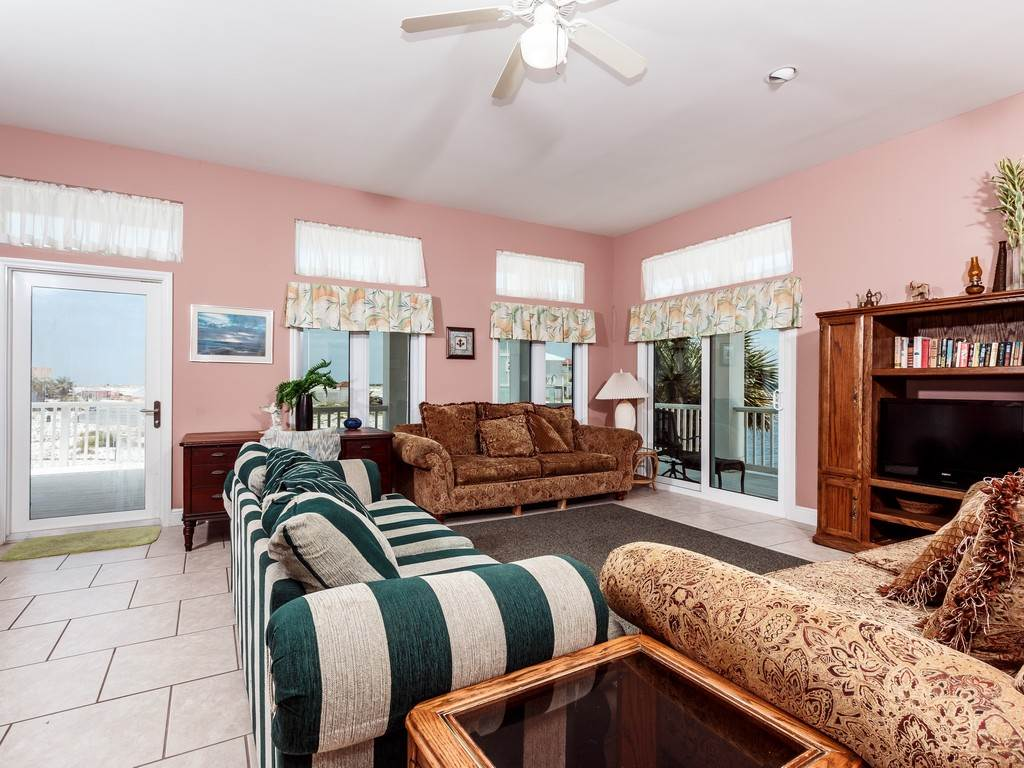 Creative Spirit House / Cottage rental in Navarre Beach House Rentals in Navarre Florida - #28