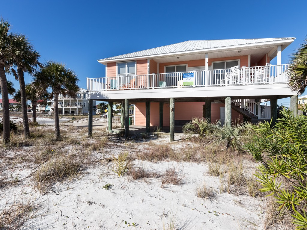 Lifes A Peach! House / Cottage rental in Navarre Beach House Rentals in Navarre Florida - #18