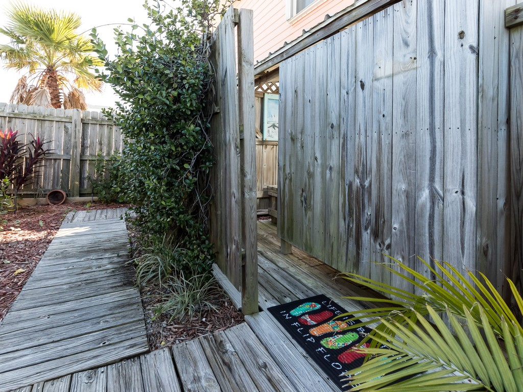 Lifes A Peach! House / Cottage rental in Navarre Beach House Rentals in Navarre Florida - #22