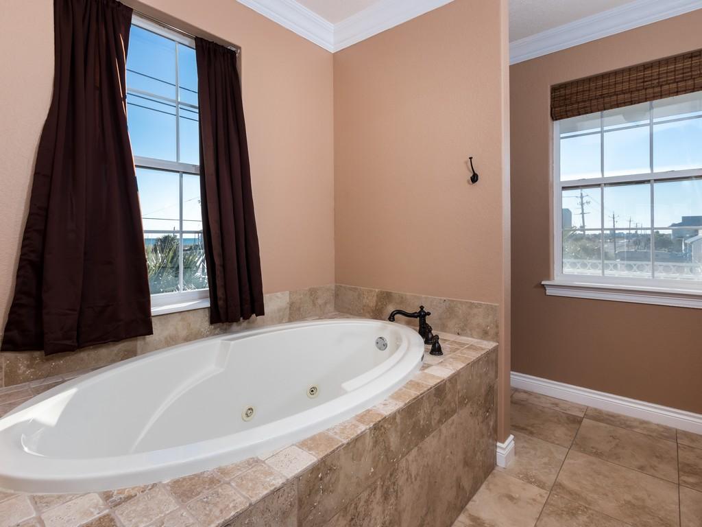 Periwinkle Parakeet House/Cottage rental in Navarre Beach House Rentals in Navarre Florida - #15