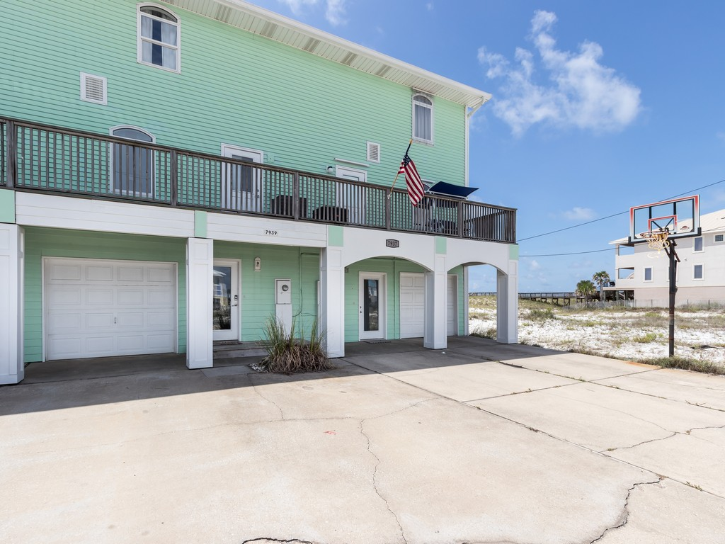 This Is It Townhome House / Cottage rental in Navarre Beach House Rentals in Navarre Florida - #2