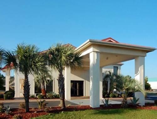 Days Inn & Suites Navarre Conference Center in Navarre FL 66
