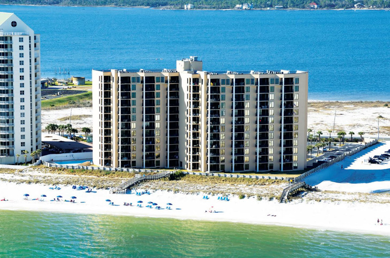 Navarre Towers in Navarre Beach Florida   BeachGuide Vacation Rentals