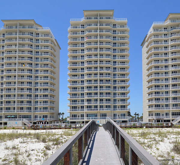 Exterior view from the beach at Summerwinds Resorts in Navarre Florida