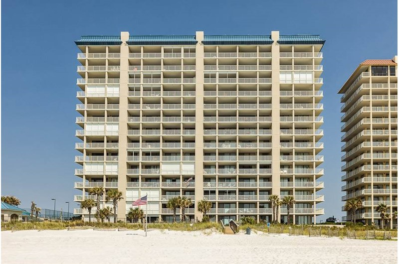 Bluewater - https://www.beachguide.com/orange-beach-vacation-rentals-bluewater-8438050.jpg?width=185&height=185