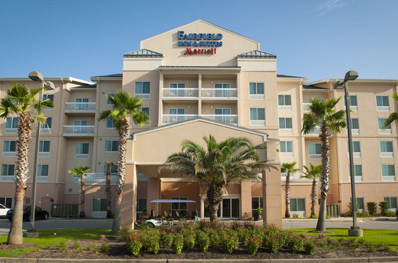 Fairfield Inn & Suites  by Marriott - https://www.beachguide.com/orange-beach-vacation-rentals-fairfield-inn--suites-8528523.jpg?width=185&height=185