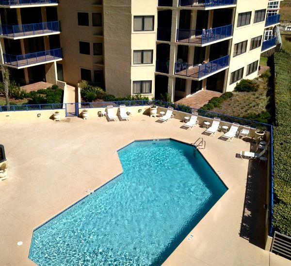 Nice pool at Four Seasons in Orange Beach Alabama