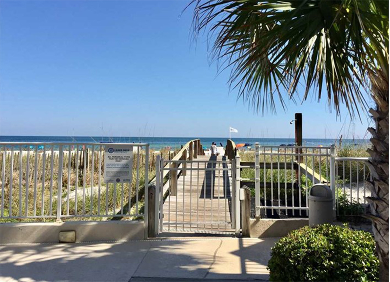 The beach access is easy from Four Winds in Gulf Shores AL