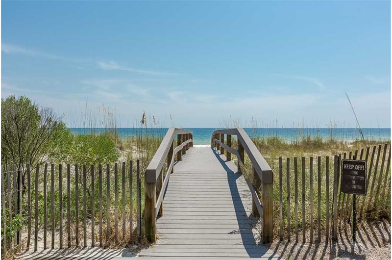 Easy access to the beach at Marlin Key in Orange Beach Alabama