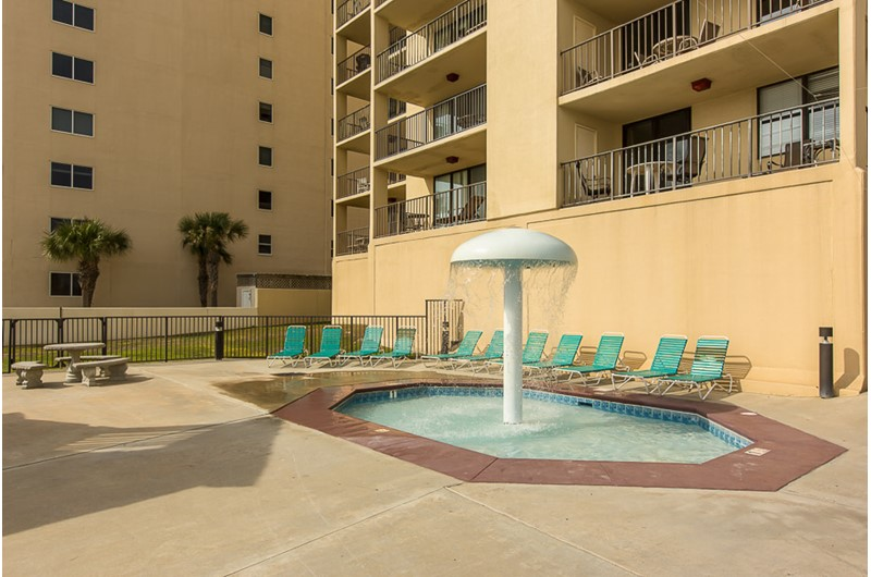 Kiddie pool at Phoenix I in Orange Beach Alabama