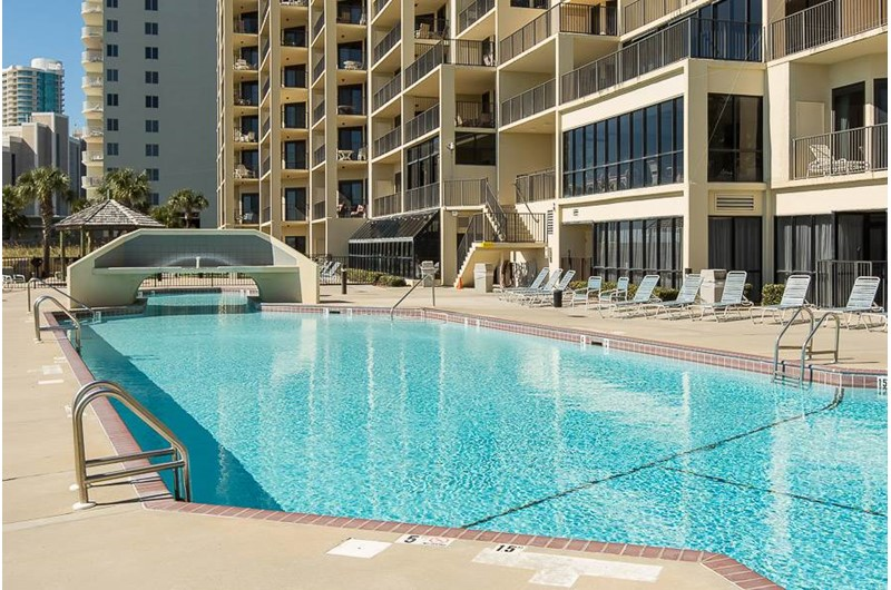 Phoenix VI has a lovely outdoor pool located in Orange Beach Alabama