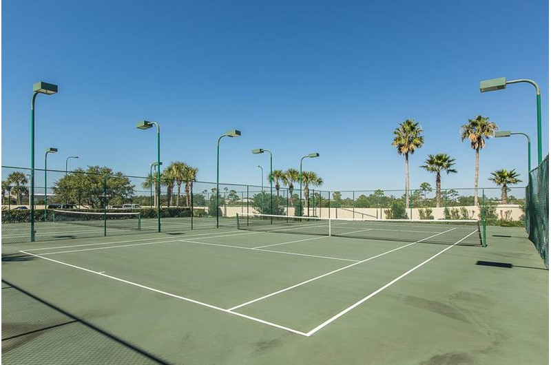 Tennis courts at Phoenix VI in Orange Beach Alabama