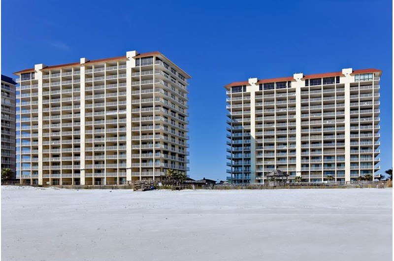 Summer House on Romar Beach in Orange Beach AL is directly beach front
