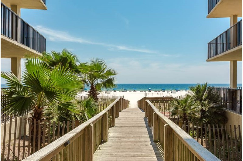 The convenient boardwalk makes for an easy trip to the Gulf at The Palms Orange Beach