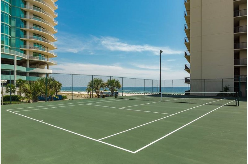 The tennis courts at The Palms Orange Beach also have views of the Gulf.