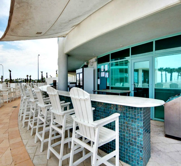 Beachfront Pool Bar at Turquoise Place - Orange Beach Alabama