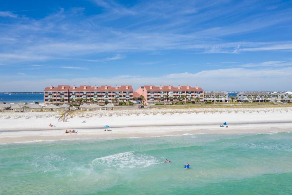 Palm Beach Club #122 Condo rental in Palm Beach Club Pensacola Beach in Pensacola Beach Florida - #40