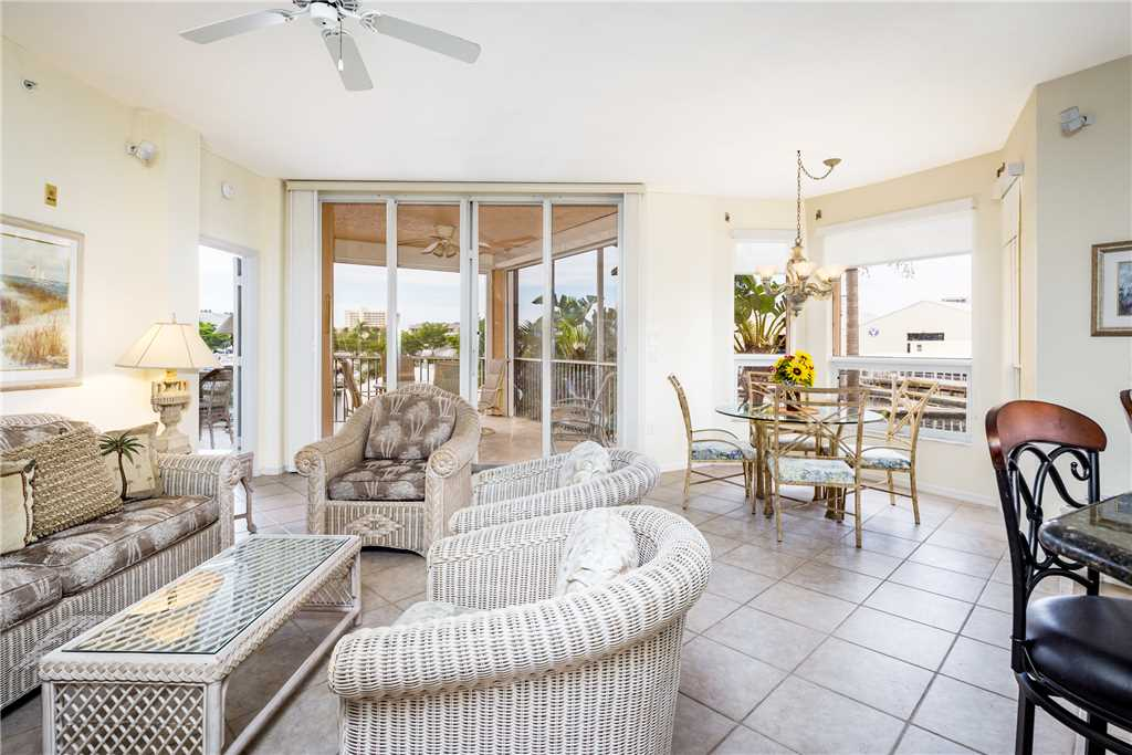Palm Harbor 204E 3 Bedrooms Elevator Pool Spa WiFi Sleeps 6 Condo rental in Palm Harbor Condos in Fort Myers Beach Florida - #4